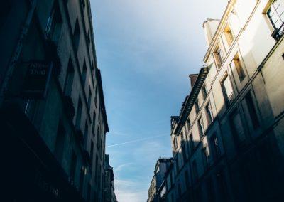 Le long de la rue Dauphine, entre la rue Christine et le Pont Neuf par Julien Barret-17