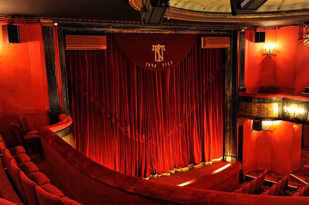 Théâtre des Nouveautés ©PhillipeMuraro