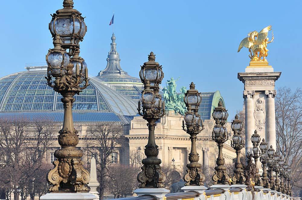 Le Grand Palais depuis le pont Alexandre III par Eric Pouhier-WikimediaCommons