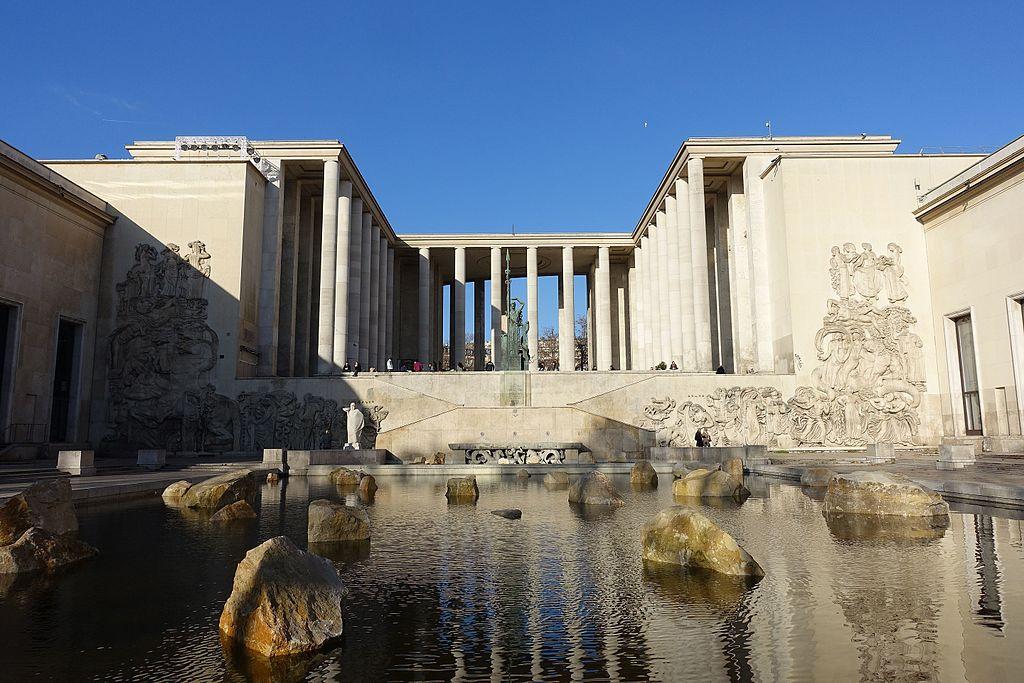 Palais de Tokyo @ Paris Par Guilhem Vellut CC BY 2.0 commons.wikimedia