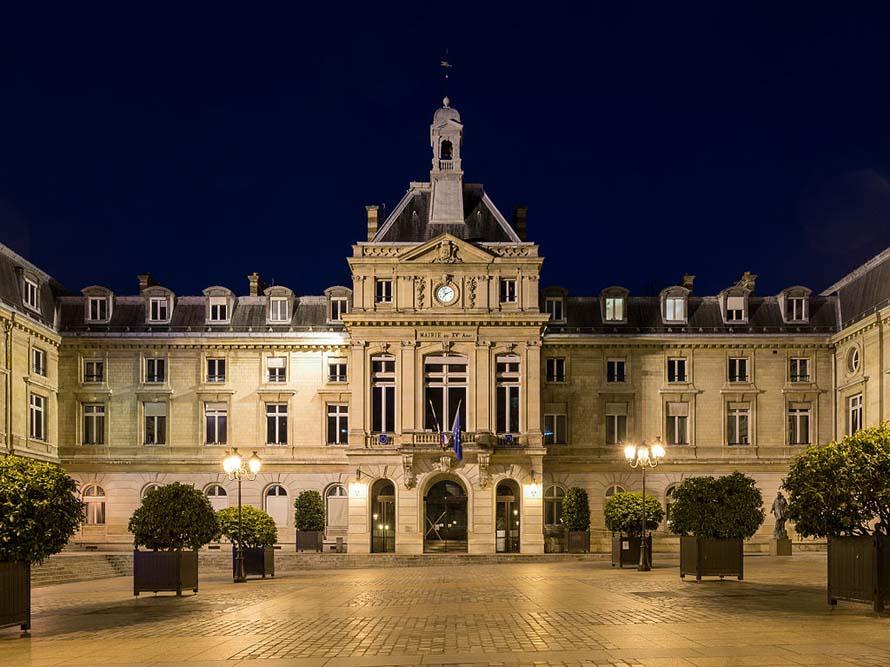 Mairie du 15e par DXR-WikimediaCommons