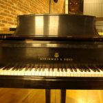 le piano du Bal Blomet par Julien Barret