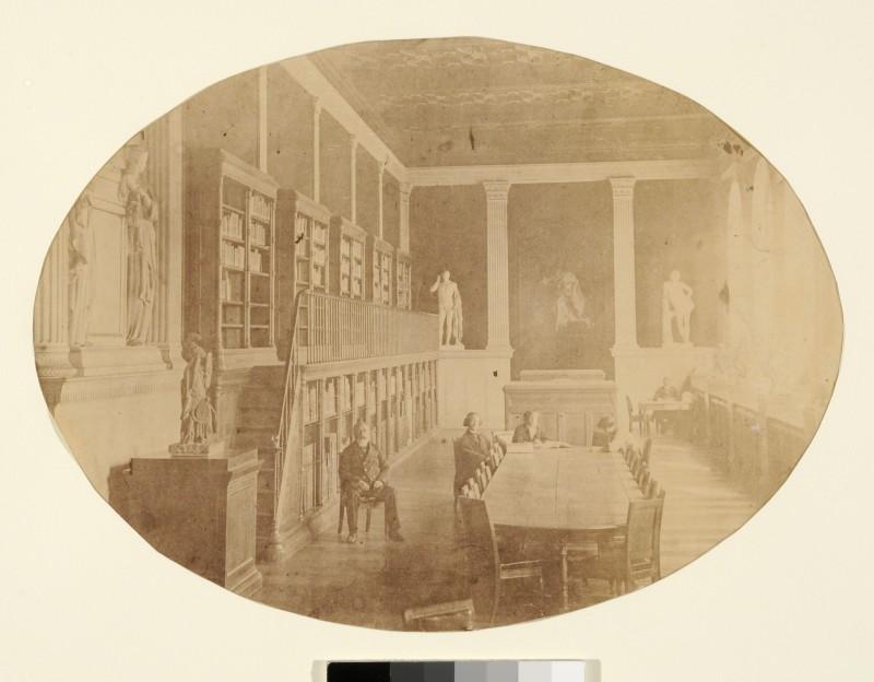 Pierre Petit, Vue de la bibliothèque de l'Ecole des Beaux-Arts vers 1864