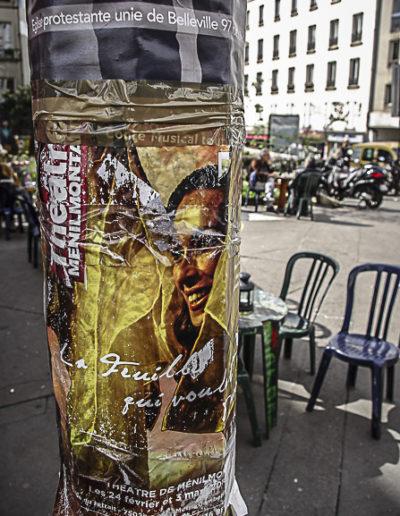 Affiche sur la place Fréhel par Julien Barret