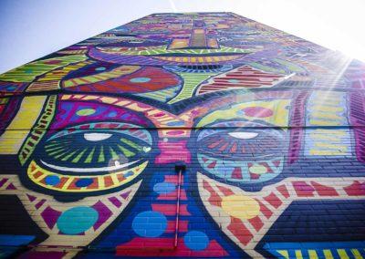 Le mur de Da Cruz aux Périchaux par J Barret