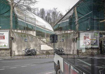 reflet de bus au point du Jour ©J Barret