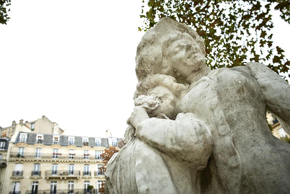 SQUARE MONTHOLON par Caroline Moreau