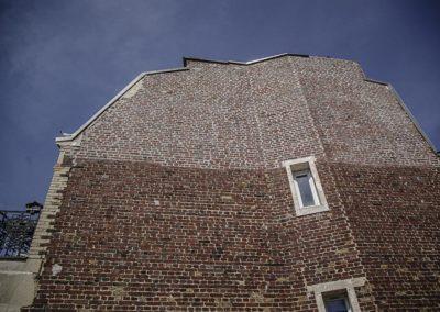 façade de briques sur la PC du 15e par J Barret
