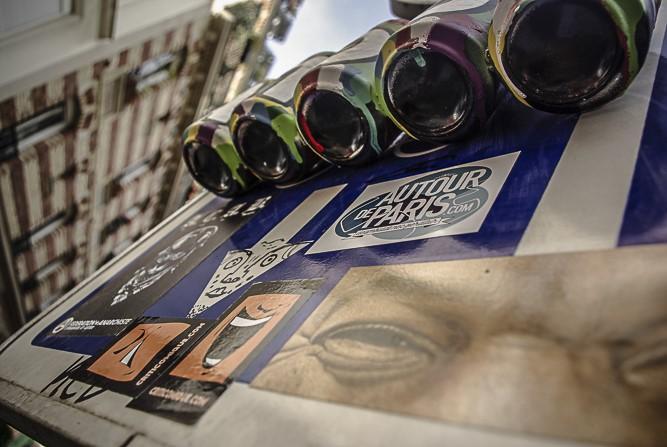 panneau stické rue des Cascades par J Barret