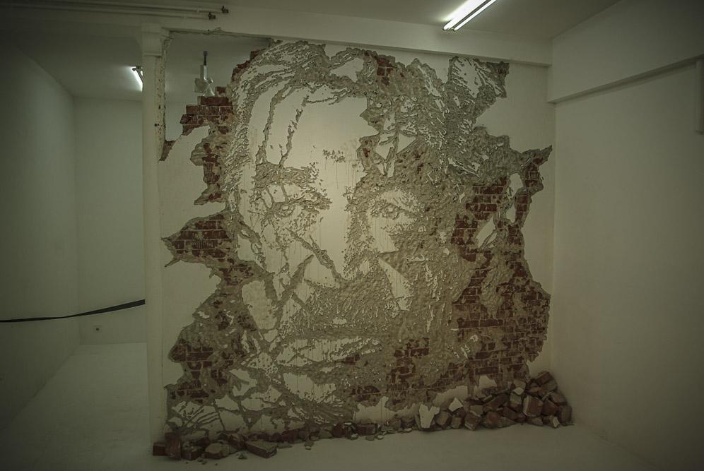 VHILS, exposition Solo Show à la galerie Magda Daniscz par J. Barret-2