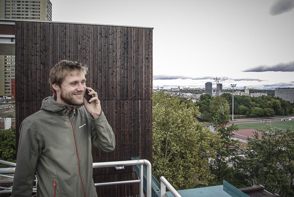 Jens Denissen devant le stade du parc des Guilands ©J.Barret