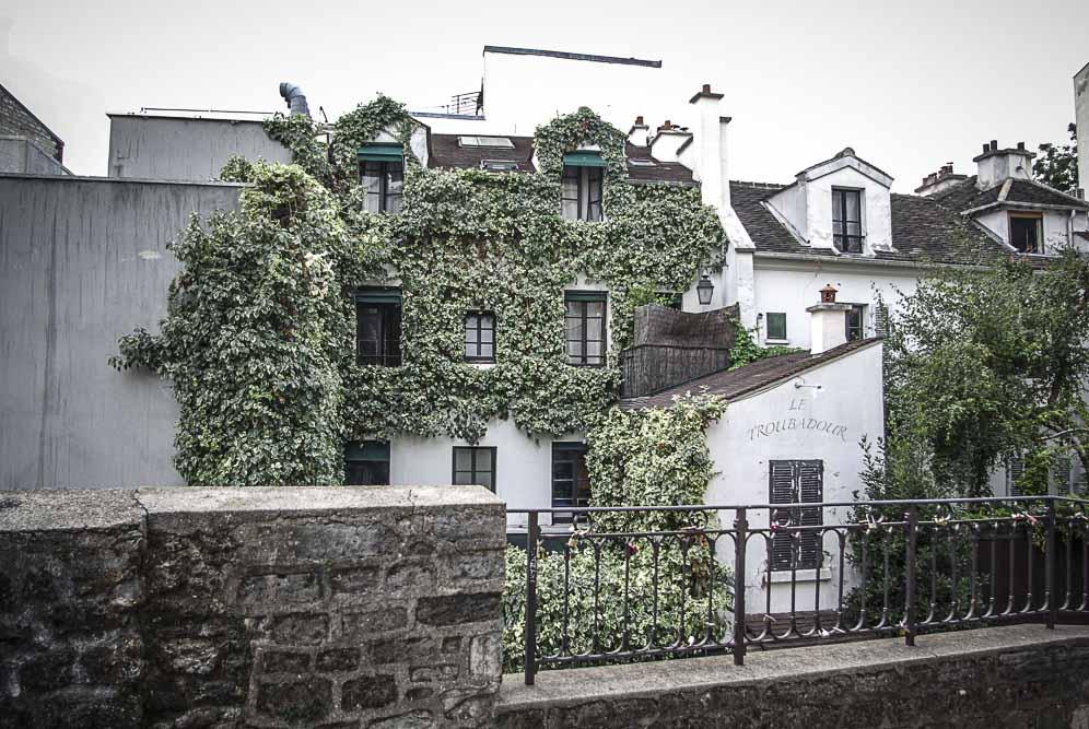 Le Troubadour de Montmartre, rue Poulbot