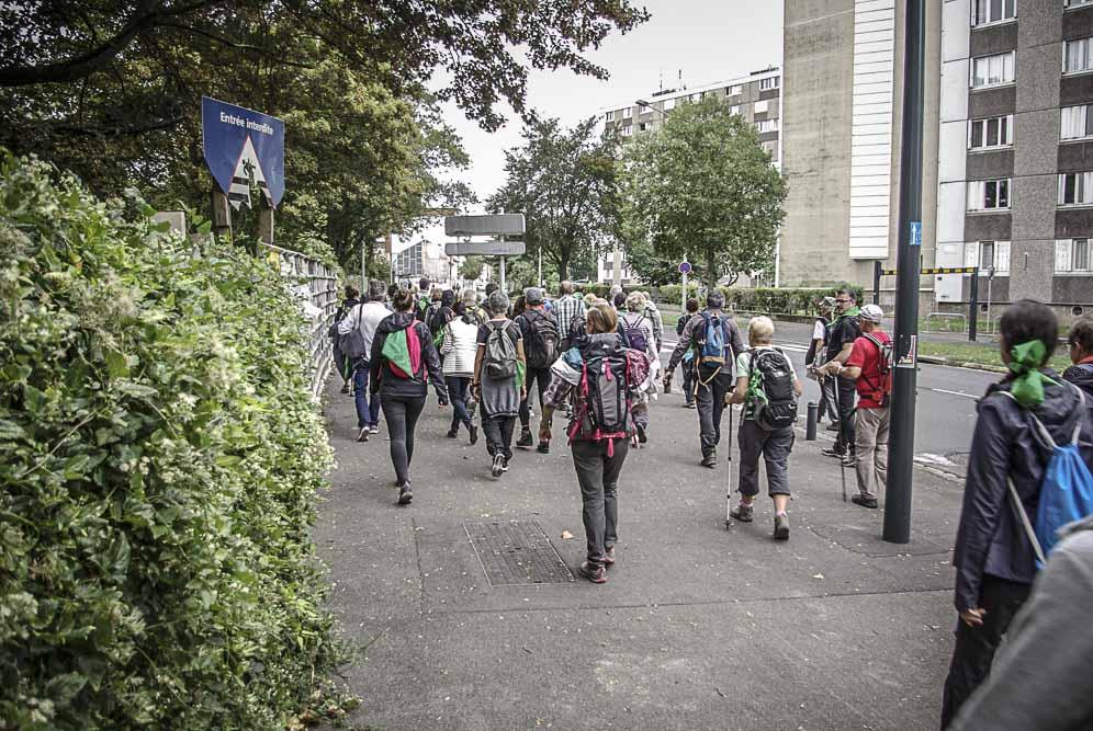 le 1er groupe rue Vassou à Romainville ©J.Barret