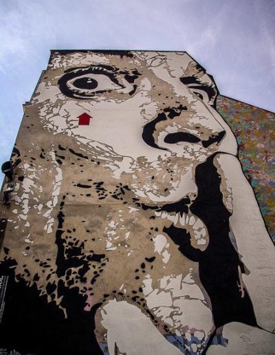 La place Stravinski en aout 2019 avec les fresques de Obey et Jef Aérosol @J.Barret-13